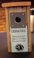 0005_Iedereen_wordt_vriendelijk_verzocht_vrijwillig_een_kleine_bijdrage_te_leveren_voor_de_koffie_en_thee